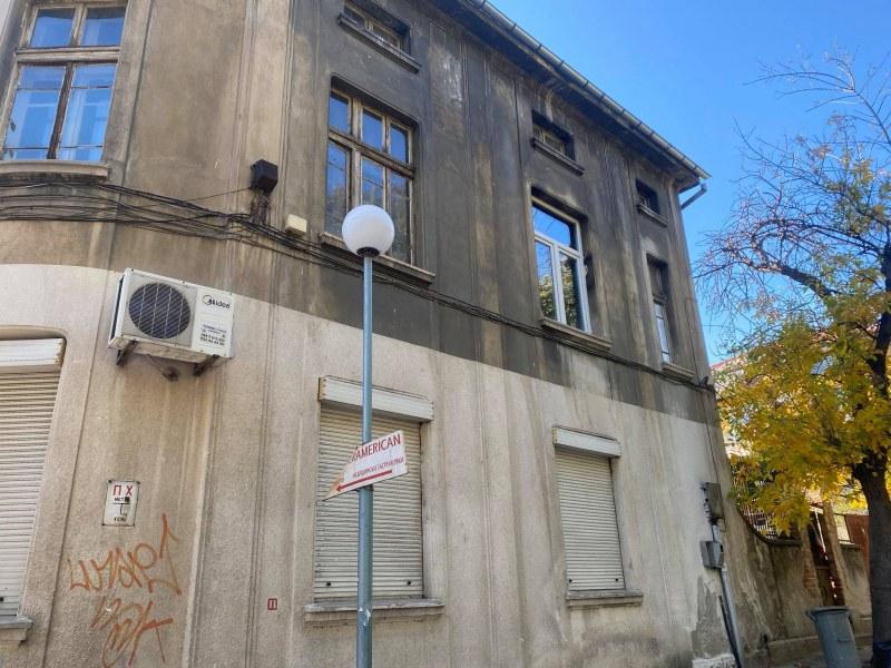 Как се възстановява паметник на културата в Пловдив? С пари, търпение и много нерви