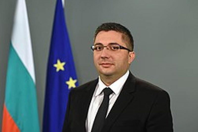 Зам.-министър Нанков даде положителна проба за COVID-19!