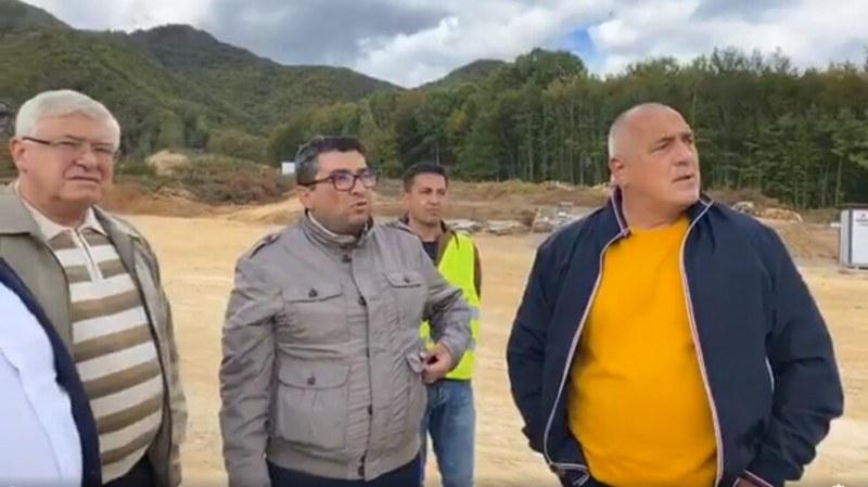 РЗИ препоръча домашна изолация на кмета и областния управител на Смолян