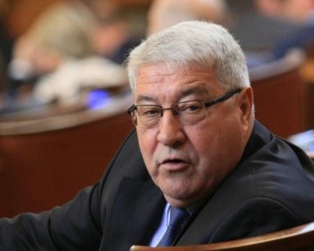 Гърневски: Мутафчийски се е свързал с Радев, преди да замине за Естония