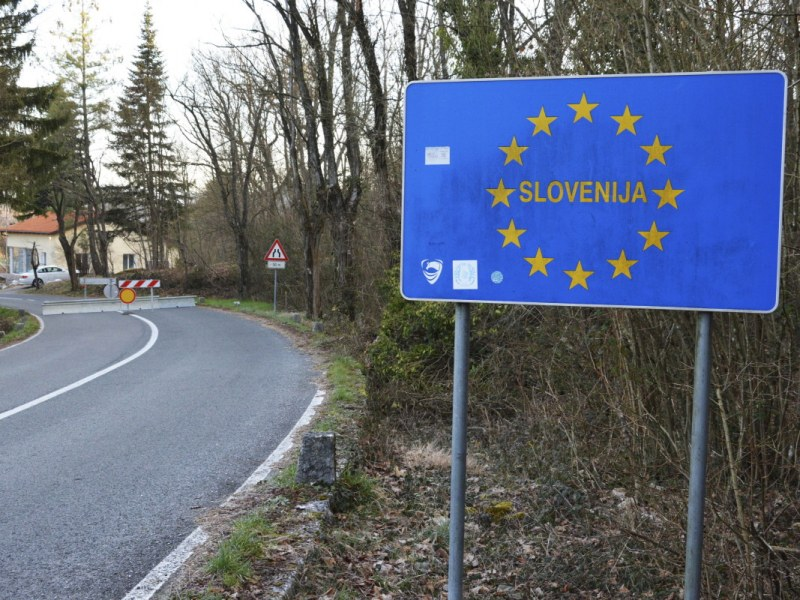 Блокада в Словения: Забраняват движението между общините в страната