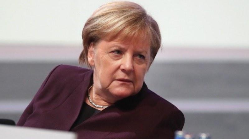 Меркел: Очакват ни много трудни месеци