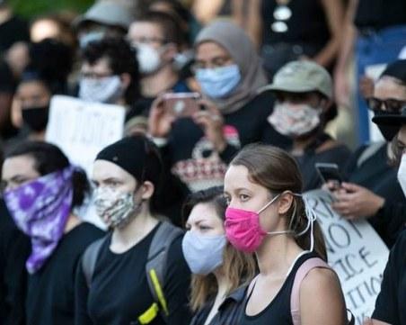 Проучване: В САЩ могат да бъдат спасени над 130 000 души, ако хората носят маски