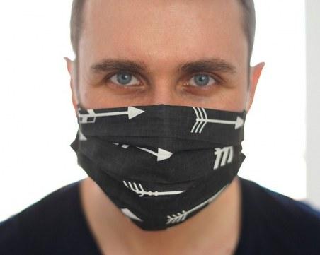 Шофьорите в Гърция трябва да носят маски и в автомобилите си