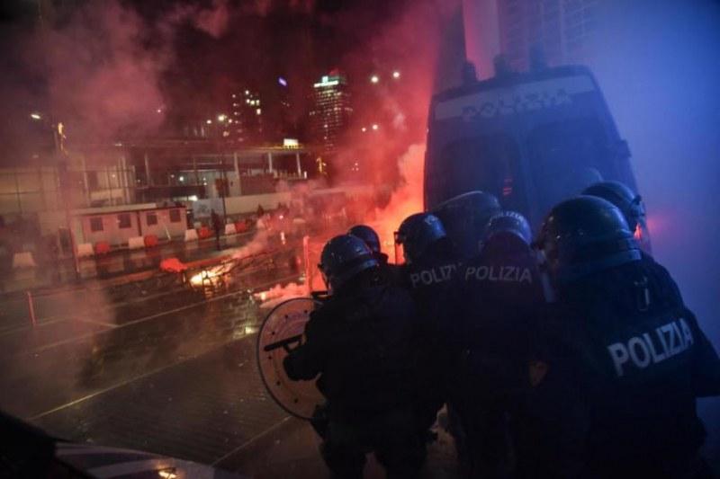 Протести в Милано и Торино заради мерките срещу COVID-19