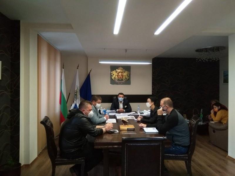 """Нови мерки и препоръки въвежда община """"Родопи"""" в борбата с COVID-19"""