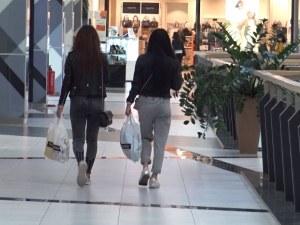 Новите мерки в Пловдив засегнаха и моловете ВИДЕО