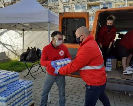 Над 146 000 българи са получили пакети с храна