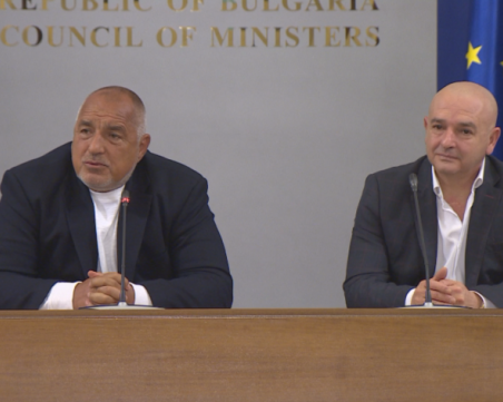 Премиерът скочи на Радев: Не приемам оценки от човек, който наруши препоръките на ген. Мутафчийски