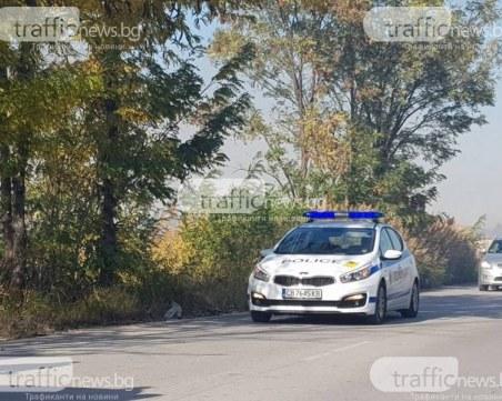 Мъртвопиян шофьор се вряза в паркирана кола в Марково и избяга