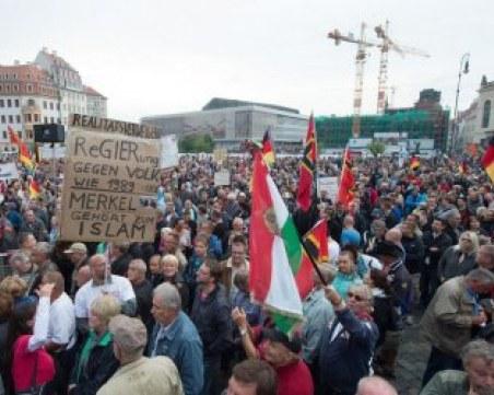 НА ЖИВО: Бунт срещу COVID мерките в Германия! Хиляди протестират