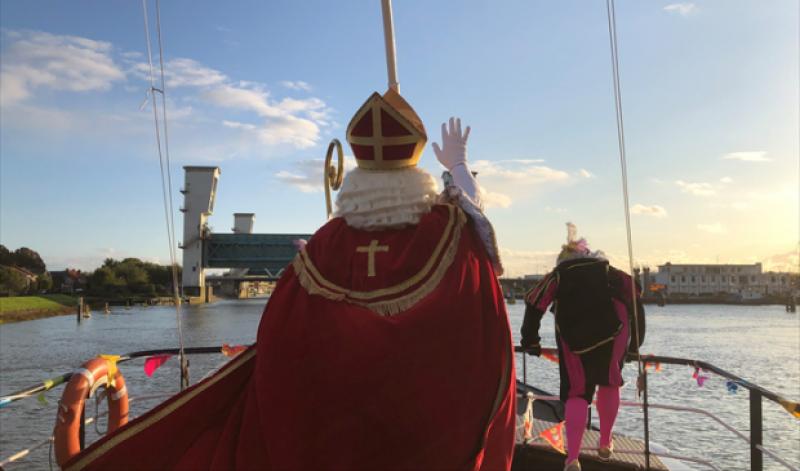 Дядо Коледа пристигна в Нидерландия, но без официално посрещане