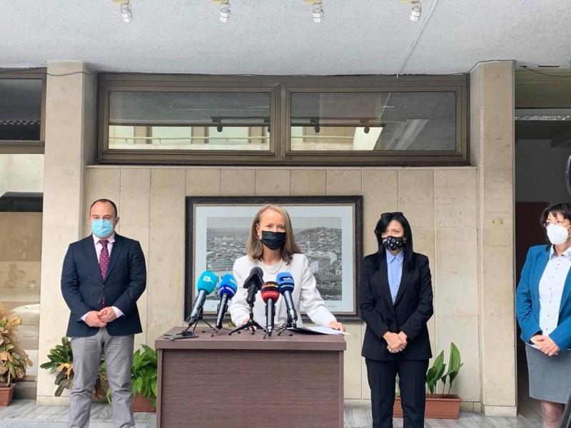 Учениците в Пловдивско се завръщат поетапно в класните стаи