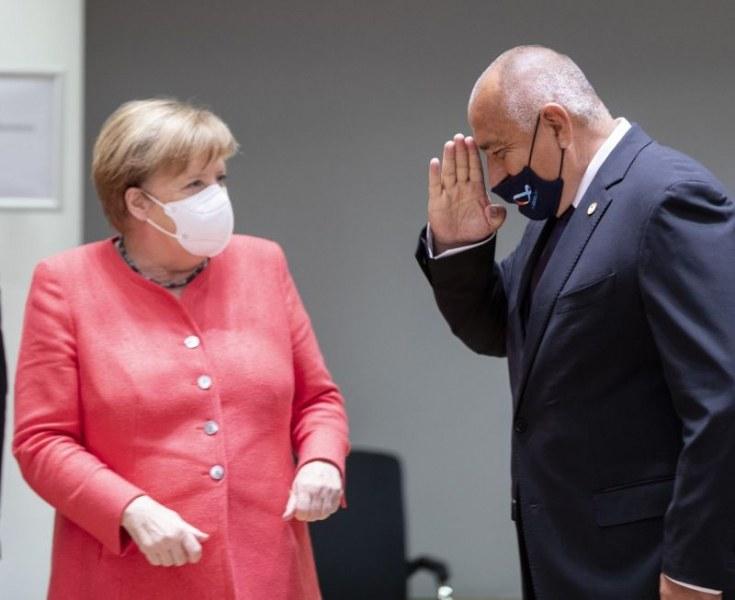 Премиерът провeде телефонен разговор с германския канцлер Меркел