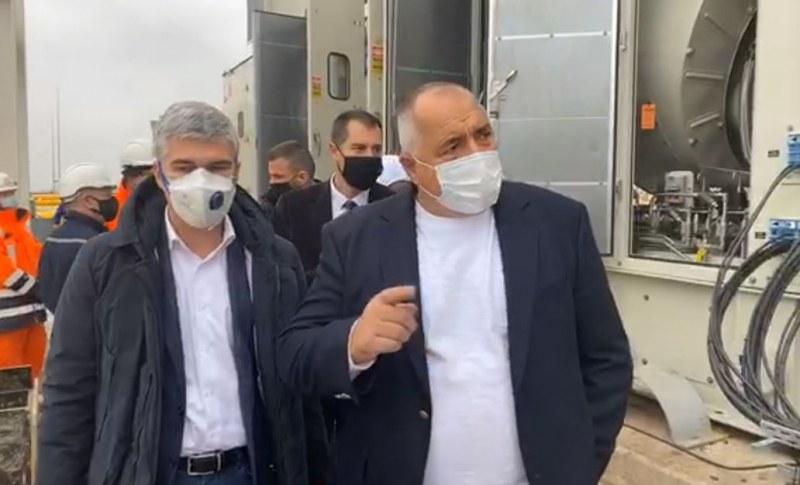 Борисов на инспекция на компресорните станции на Балкански поток