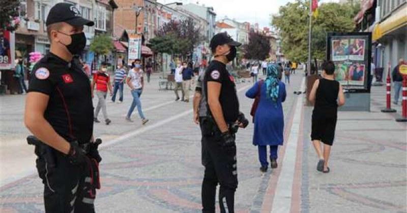Частична карантина влиза в сила и в Турция