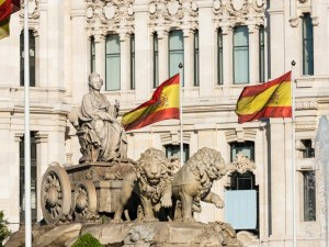 Испания ще иска отрицатален PCR за българите влизащи в страната