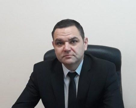 Директорът на болницата в Свищов е в тежко състояние, откараха го в София