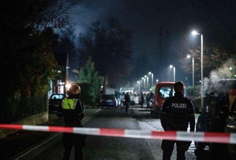Полицаи убиха мъж, открил безразборна стрелба в Германия