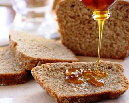 Как да разпознаем чистия и качествен мед?