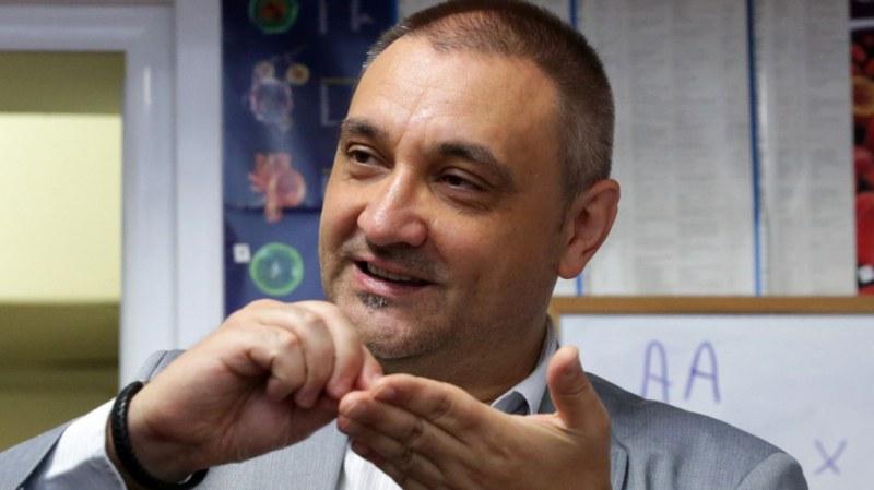Чорбанов: Ако затворим държавата, ще удължим агонията с няколко месеца