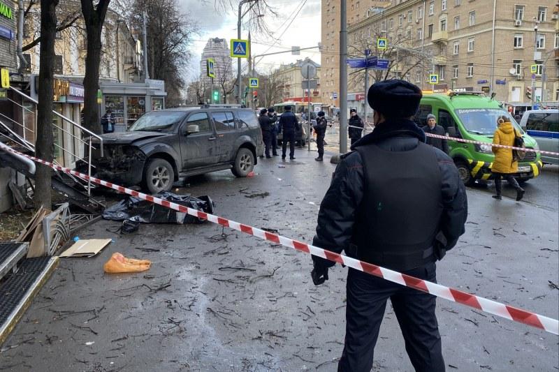 Джип излетя на тротоар в Москва, уби пешеходец