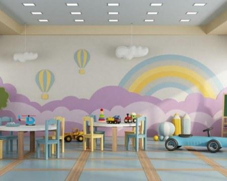 Две забавачки в София остават отворени за деца на медици