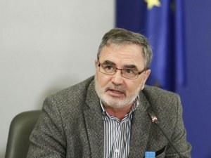 Ангел Кунчев: С тези мерки ще стигнем платото на заразени и починали, не са най-строгите