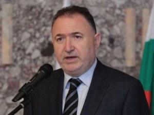 Кметът на Карлово: Не се налагат рокади в болницата, областният управител не решава за ръководството
