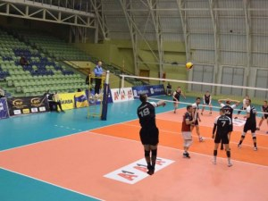 Волейболният Локомотив се справи бързо със Славия