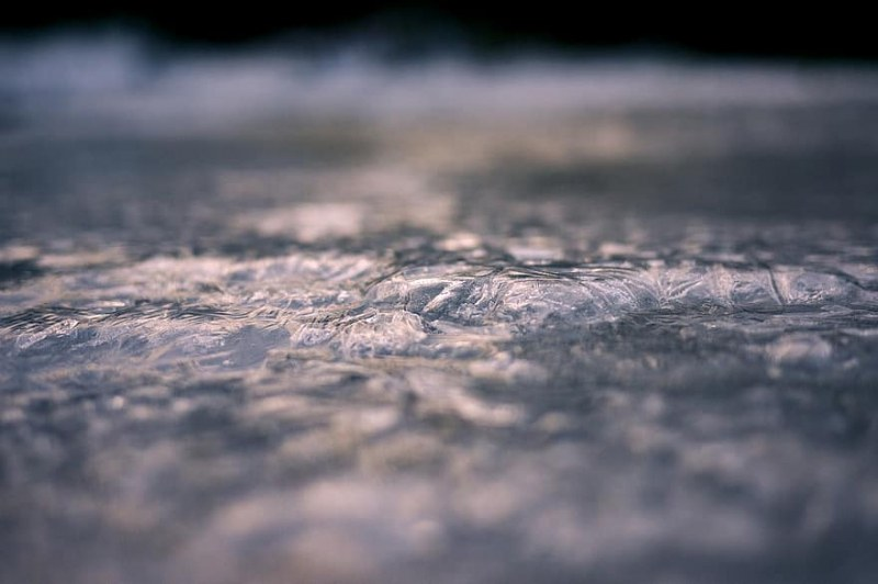 Пловдивчанин алармира: Шофьори внимавайте, прелезът на Пещерско шосе е ледена пързалка