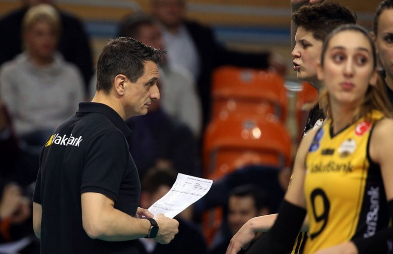 Треньорът на турския гранд ВакъфБанк впечатлен от две войболистки на Марица