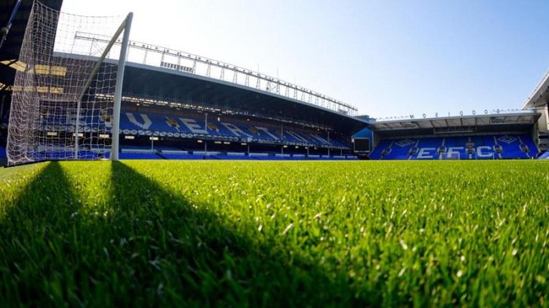 В Англия готови да пускат фенове по стадионите още следващата седмица