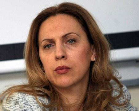 Марияна Николова: Спадът на резервациите е 40% за българи и 80% за чужденци