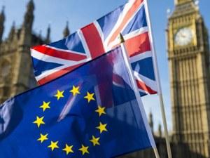 Подновиха преговорите за Брекзит в Лондон