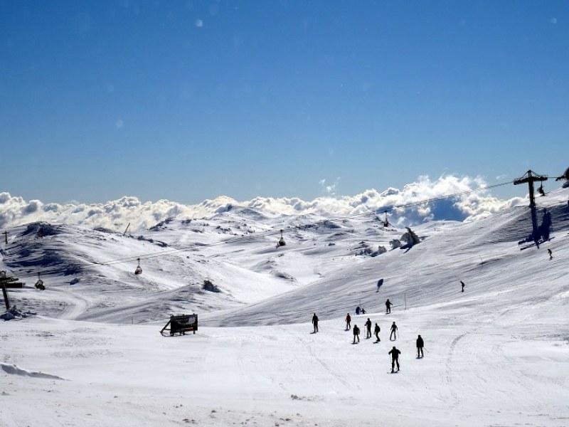 Балканска страна отвори ски курортите, надява се на европейски туристи