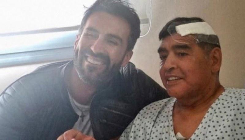 Повдигнаха обвинение на лекаря на Марадона, обискират дома му