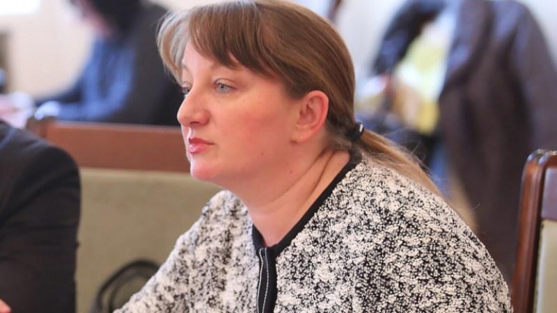 Сачева: На 21 декември ще започне отварянето на затворените бизнеси