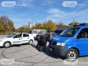 Полицията арестува сутеньор с две проститутки в Пловдив, разби бардак край Главната