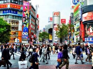 Рязко са скочили самоубийствата в Япония: За месец са повече от жертвите на COVID за година