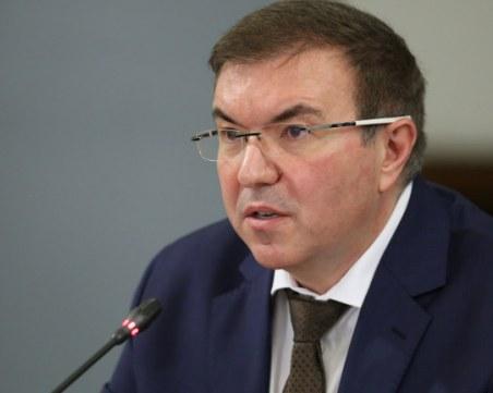 Здравният министър обяви кои мерки ще се разхлабят първо при спад на заразените