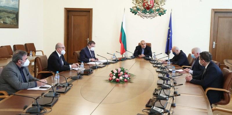 Министри се отчетоха пред Борисов за новите мерки