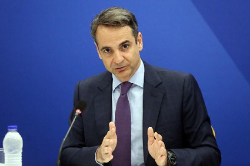 Обвиниха гръцкия премиер, че нарушава Ковид мерките