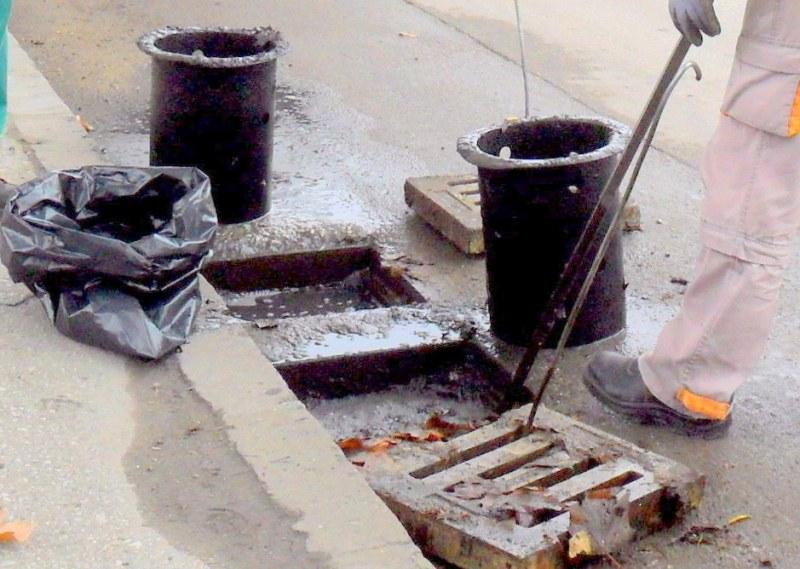 Продължава почистването на шахтите в Пловдив, внимавайте къде паркирате