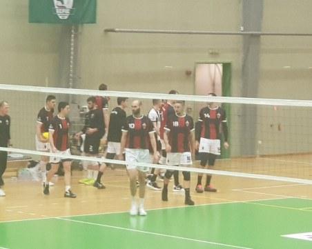 Волейболният Локомотив се справи лесно при гостуването си на Берое