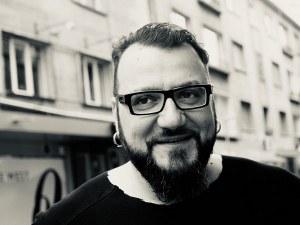 Небето ще свети в памет на Димо Стоянов