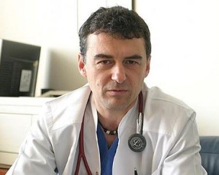 Проф. Иво Петров: Медиците трябва да се ваксинират, ваксината ще спаси милиарди