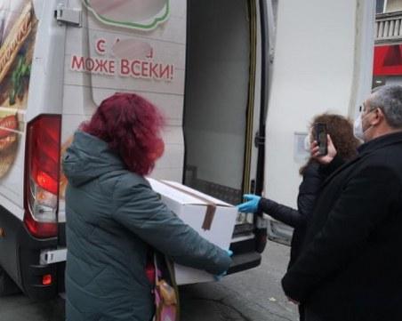 След София и Пловдив: Ваксините пристигнаха и в Бургас