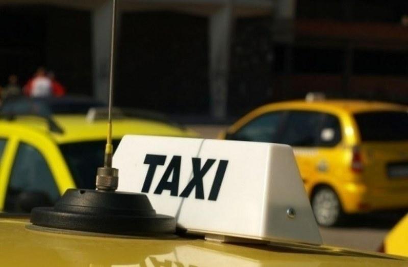 Министерството на транспорта: Няма поскъпване на тарифите на такситата