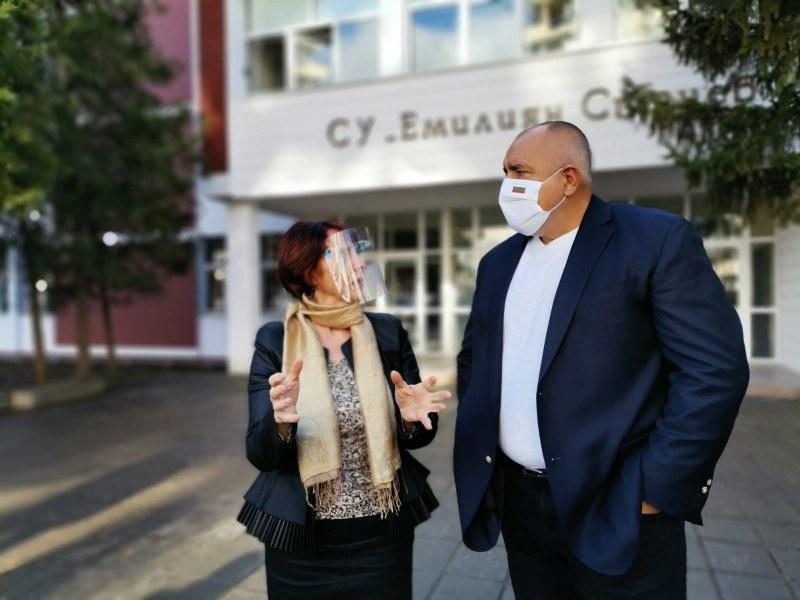 Борисов отговори на Радев: Ако някой знаеше колко ще са болните през март, щеше да е шеф на СЗО